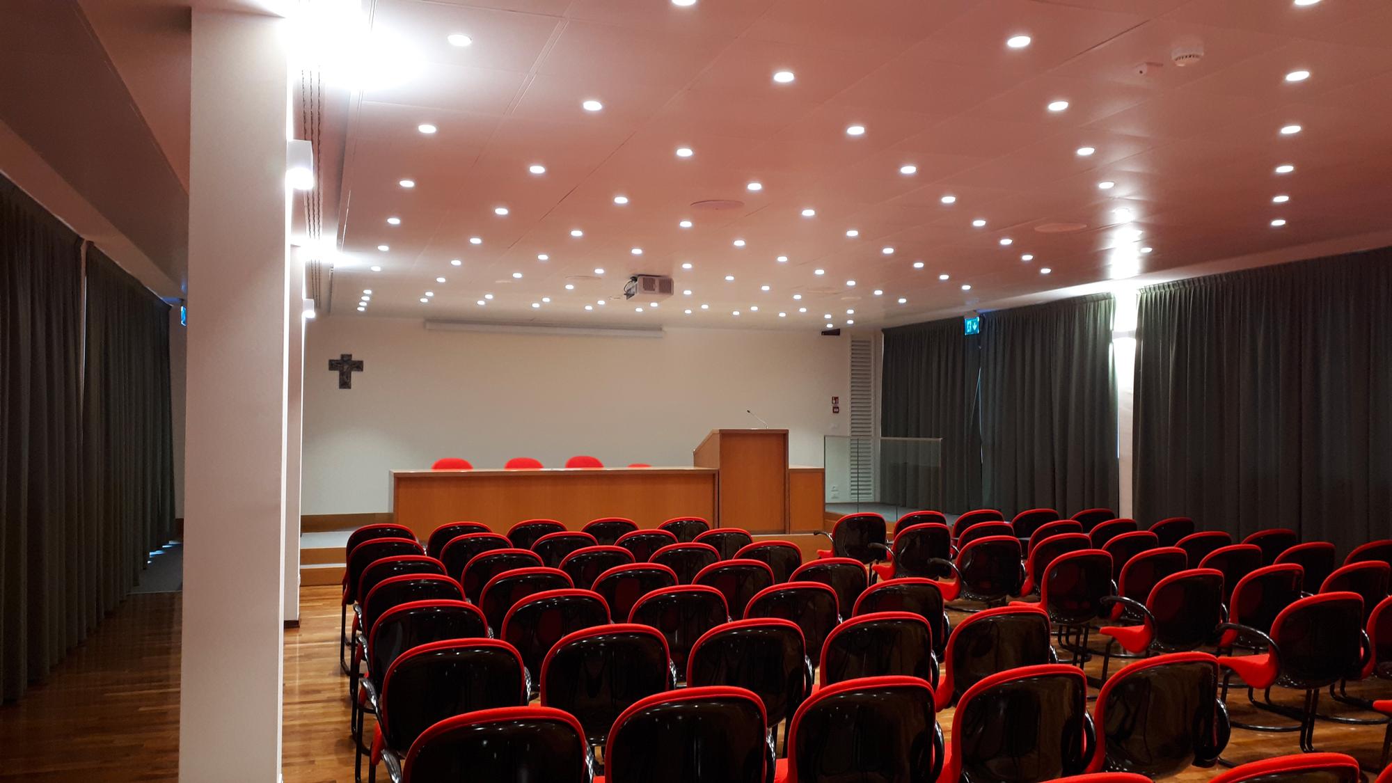 installazione impianto sala conferenze casa di cura toniolo
